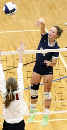 Bailey Denwalt was one of two players in double-digit kills